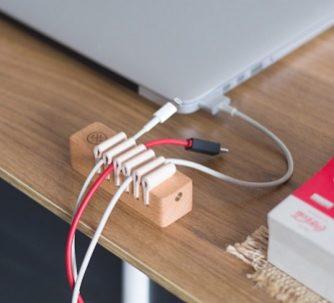 держатель для кабелей