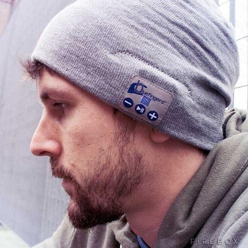 шапка с наушниками bluetooth