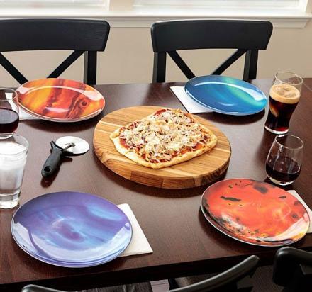 тарелки в виде планет